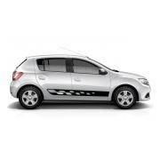 Спортивные полосы на борт Renault Sandero, вид 2
